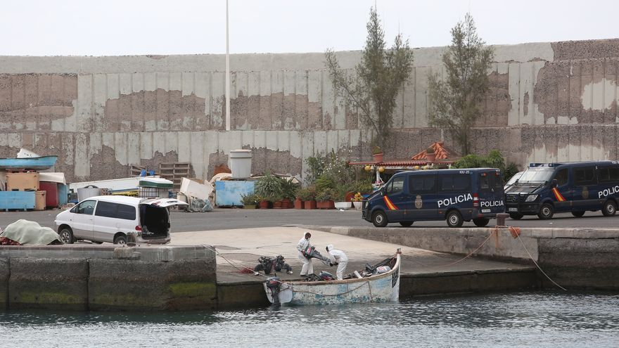 """La CEP afirma que los departamentos policiales en Canarias están """"colapsados"""" por la falta de medios y la crisis migratoria"""