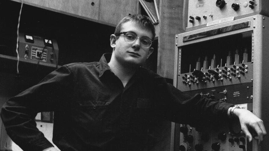 Lee Felsenstein, padre de la arquitectura de pantalla, en una imagen de 1966