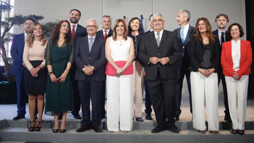 """Susana Díaz pide """"diálogo"""" al nuevo Gobierno andaluz para """"aprovechar al máximo"""" la recuperación"""