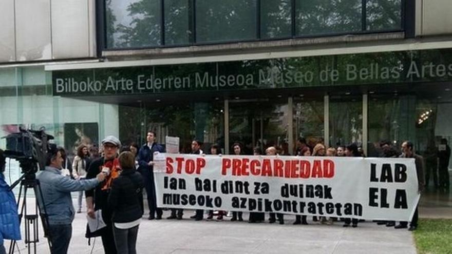 Los huelguistas durante uno de los dìas de protesta.