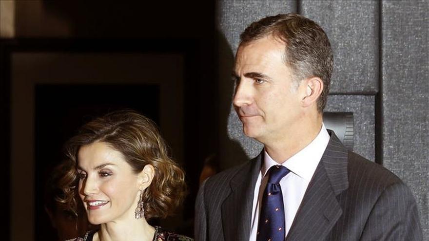 Los Reyes visitarán en marzo el Reino Unido, invitados por Isabel II