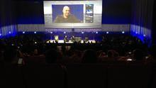 Loic Le Meur en el escenario principal de Le Web 2013