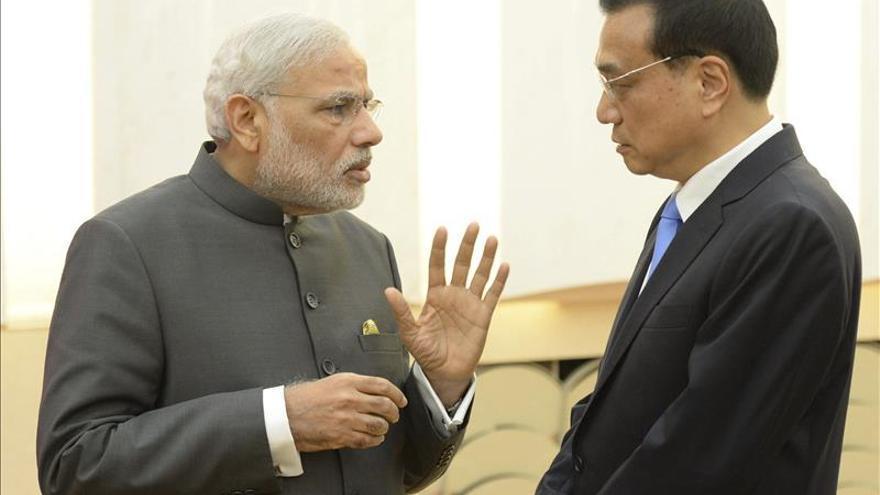 China e India firman acuerdos de cooperación ferroviaria, espacial y minera