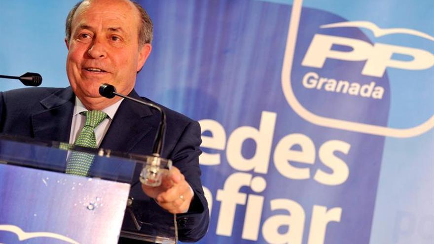 Detenidos el alcalde y la concejala de Urbanismo de Granada