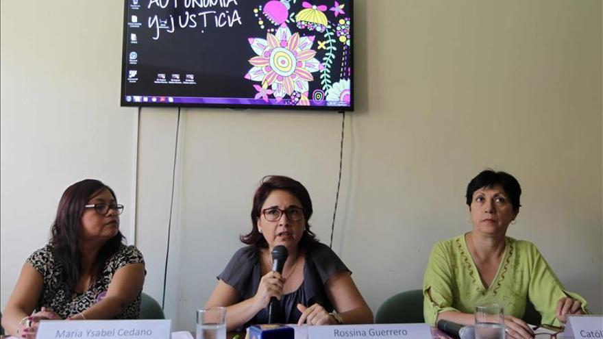La religión entra en el debate del Congreso de Perú sobre el aborto