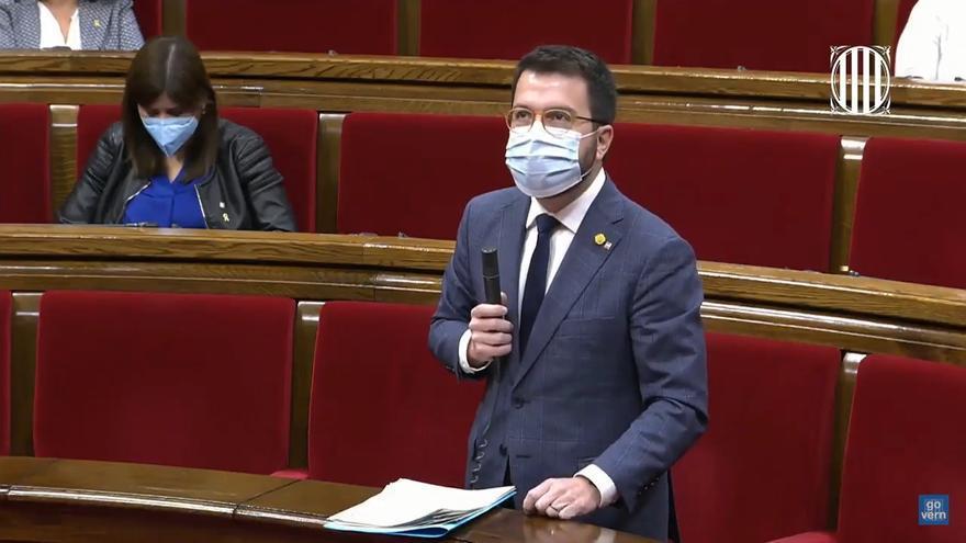 El vicepresidente de la Generalitat, Pere Aragonès, en el pleno del Parlament.