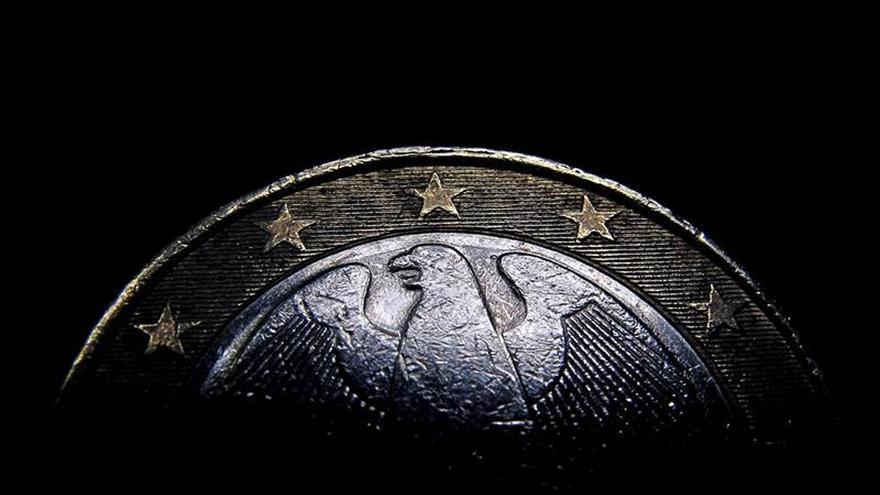 El euro sube en la apertura hasta 1,1355 dólares en Fráncfort