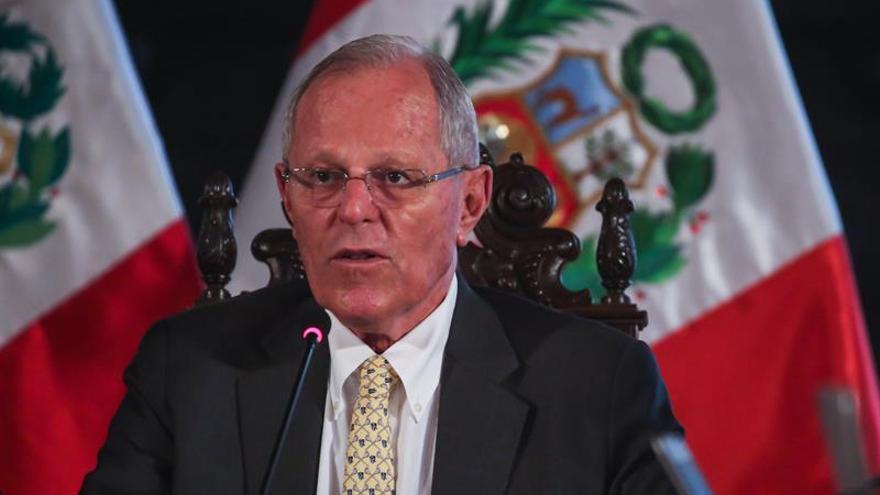 """El Congreso de Perú condena la """"ruptura del orden constitucional"""" en Venezuela"""