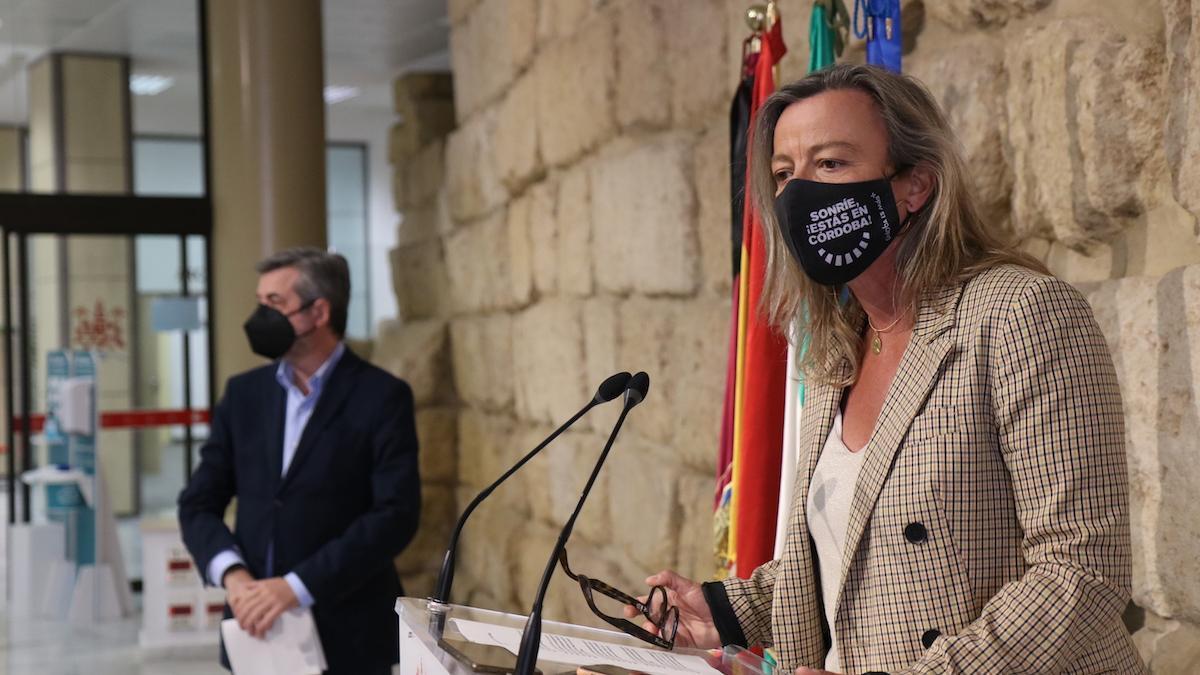 Isabel Albás tras la Junta de Gobierno Local