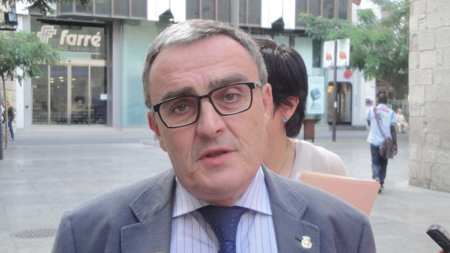 Ros pide al PSC no oponerse a que Rajoy transfiera las competencias para organizarla