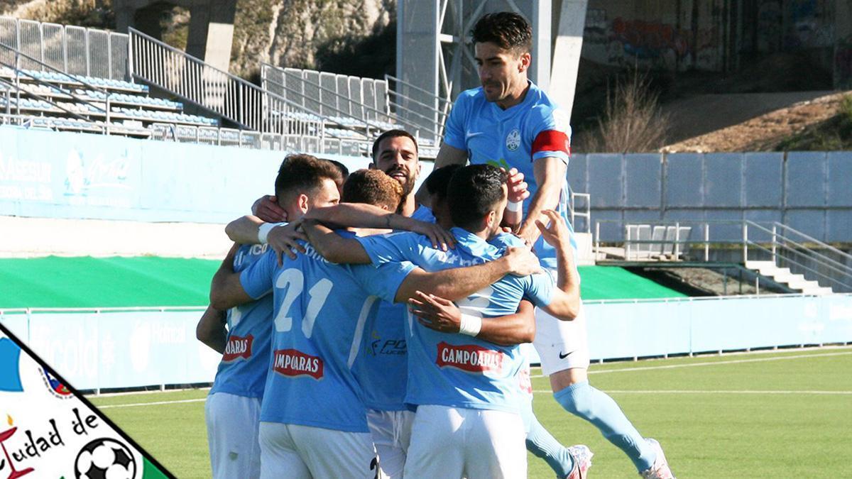 Celebración de un gol del Ciudad de Lucena.