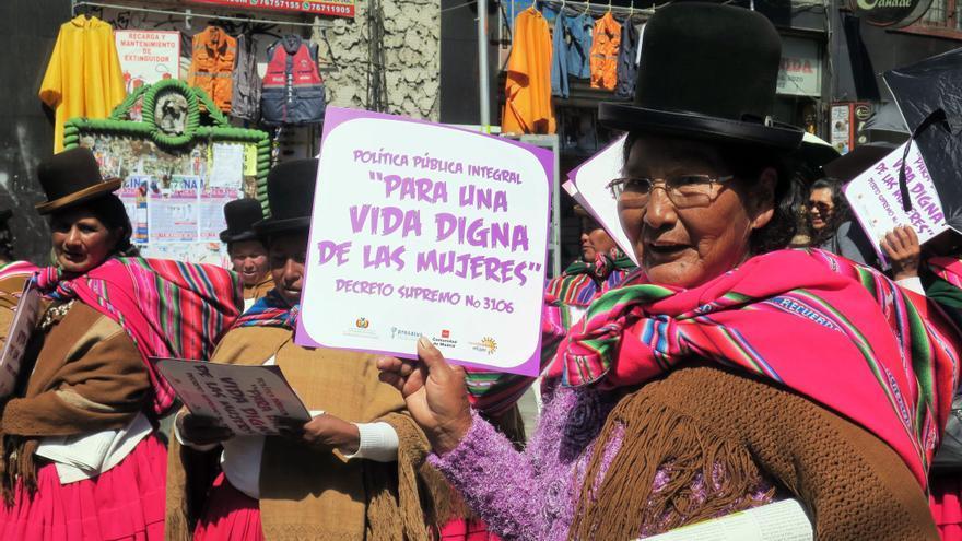 El hallazgo de tres posibles víctimas de feminicidio levanta alertas en Bolivia