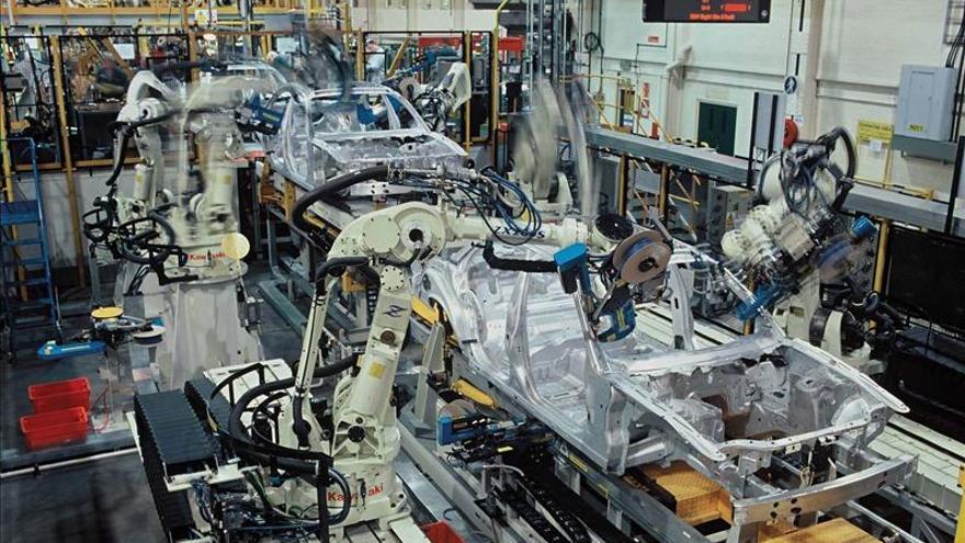 Jaguar Land Rover crea 600 empleos en la nueva planta de motores de Wolverhampton (R.Unido)