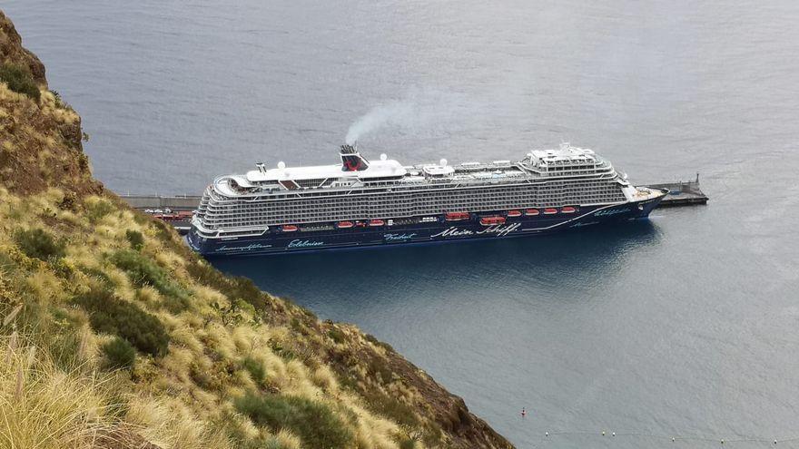 """Solo TUI Cruises mantiene """"por ahora"""" escalas en el Puerto de la capital en la presente temporada de cruceros  tras cancelar AIDA las travesías"""