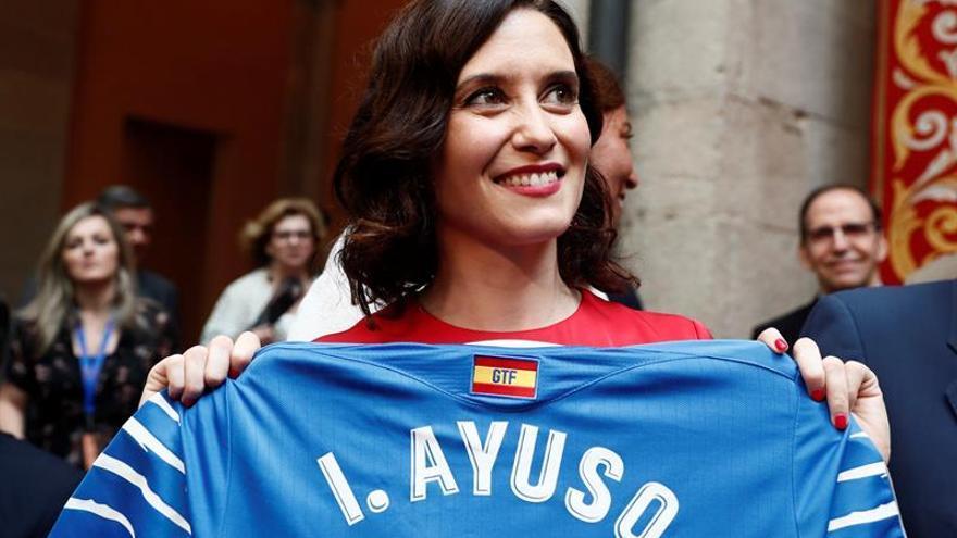 Díaz Ayuso toma posesión como presidenta de la Comunidad de Madrid
