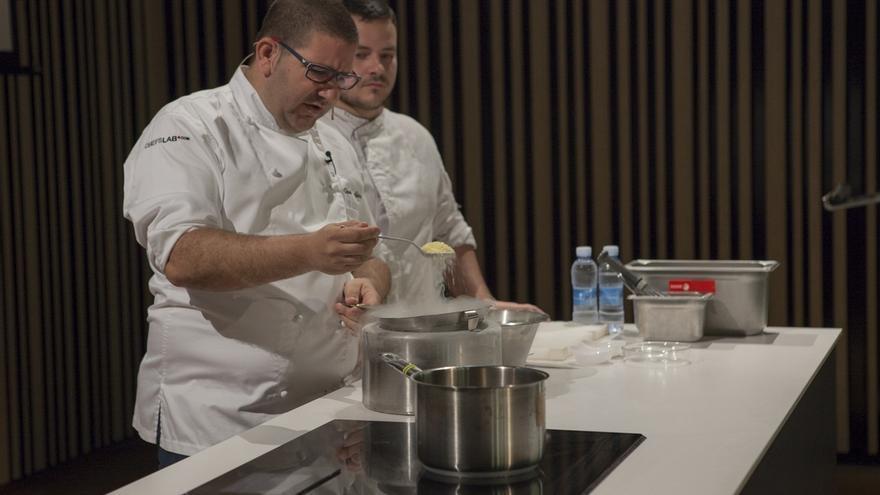 Los chefs Dani García, Paco Morales y José Carlos García participan en un taller de BCC en Sevilla
