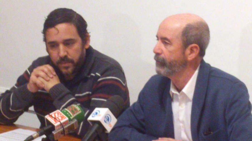 Santiago Pérez (der.) y Rubens Ascanio