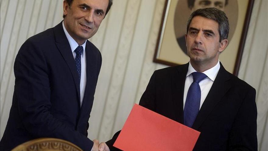 Los socialistas búlgaros someten hoy al Parlamento su propuesta de Gobierno