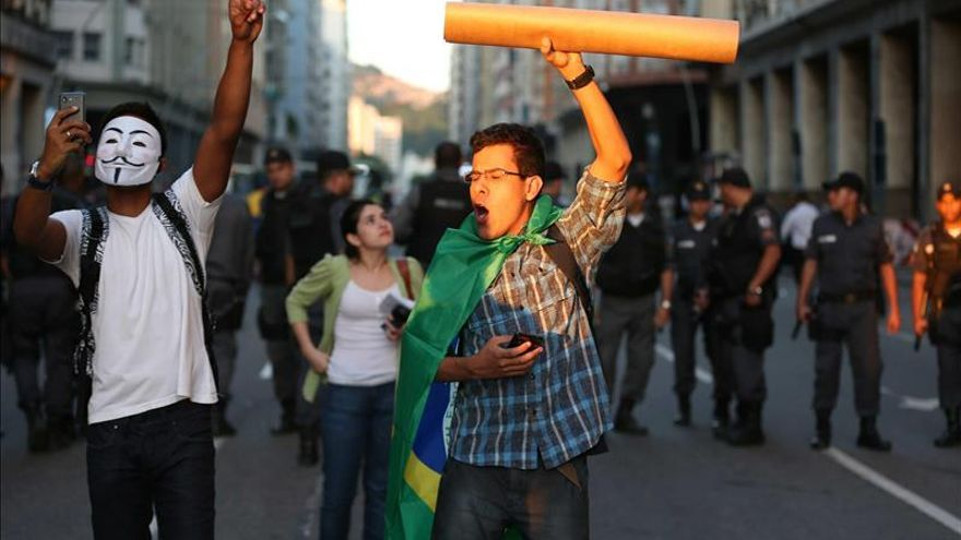 El precio del transporte vuelve a desencadenar protestas en Río de Janeiro