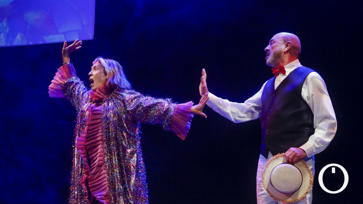 """Ensayo de """"Muerto en el acto"""", en el Teatro Góngora"""
