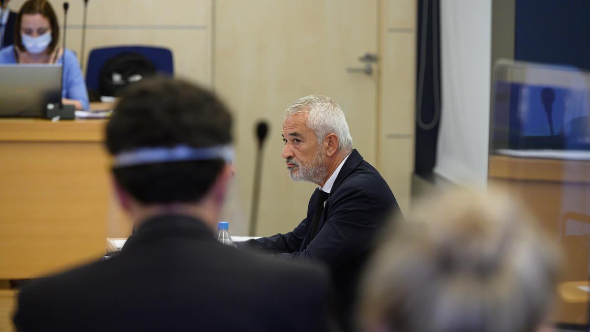 Vista del juicio a los líderes de Ausbanc y Manos Limpias, Luis Pineda (en la imagen) y Miguel Bernad, y otras 8 personas. EFE/Fernando Villar/Archivo