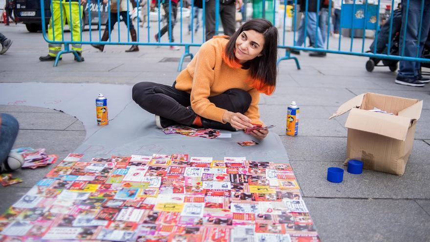 La artista audiovisual Yolanda Domínguez en su proyecto 'Help'.