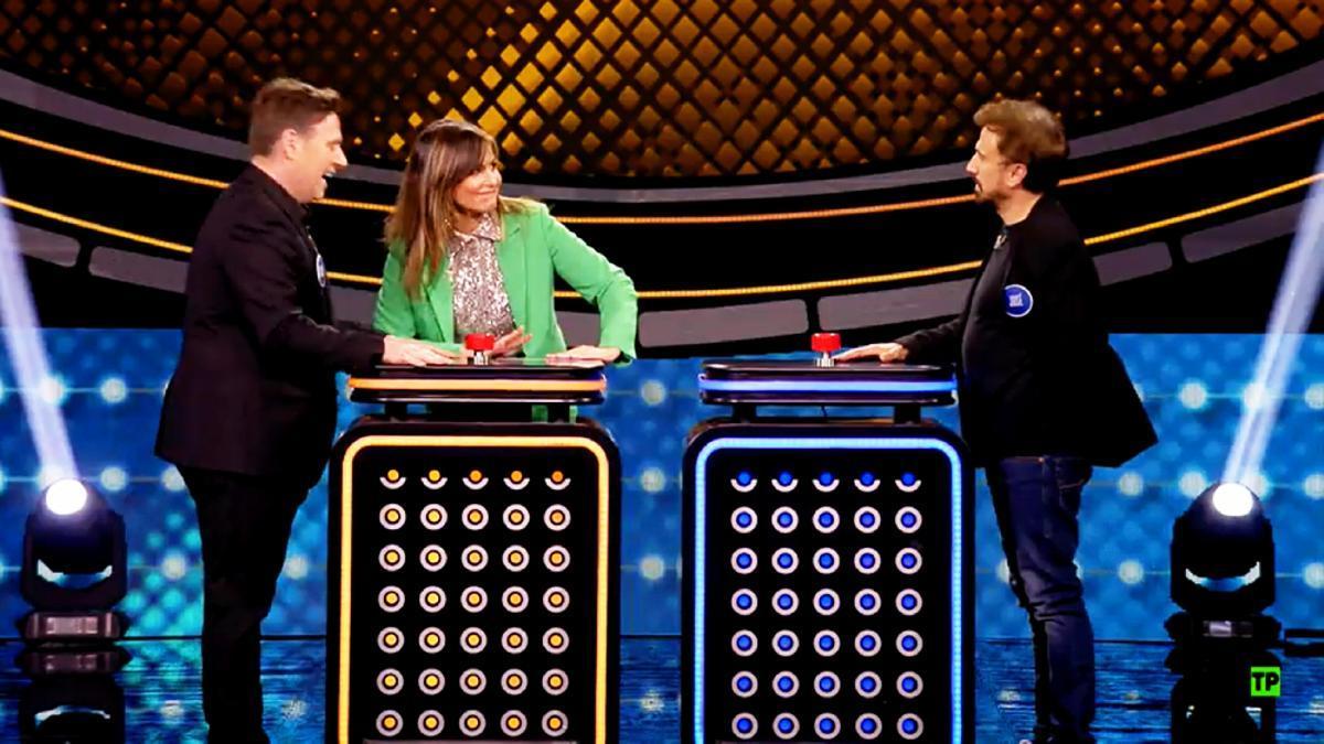 Carlos Latre, Nuria Roca y José Mota en 'Family Feud'