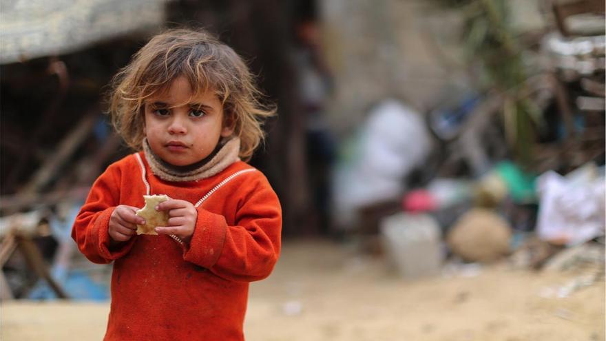 UNRWA proporciona ayuda humanitaria a 5,4 millones de refugiados de Palestina que viven en Gaza, Cisjordania, Siria, Líbano y Jordania.