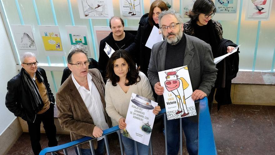 La Biblioteca Municipal acoge una muestra de portadas de la editorial local Milrazones