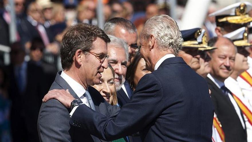 Morenés preside en Marín la entrega de despachos a 88 nuevos oficiales de la Armada
