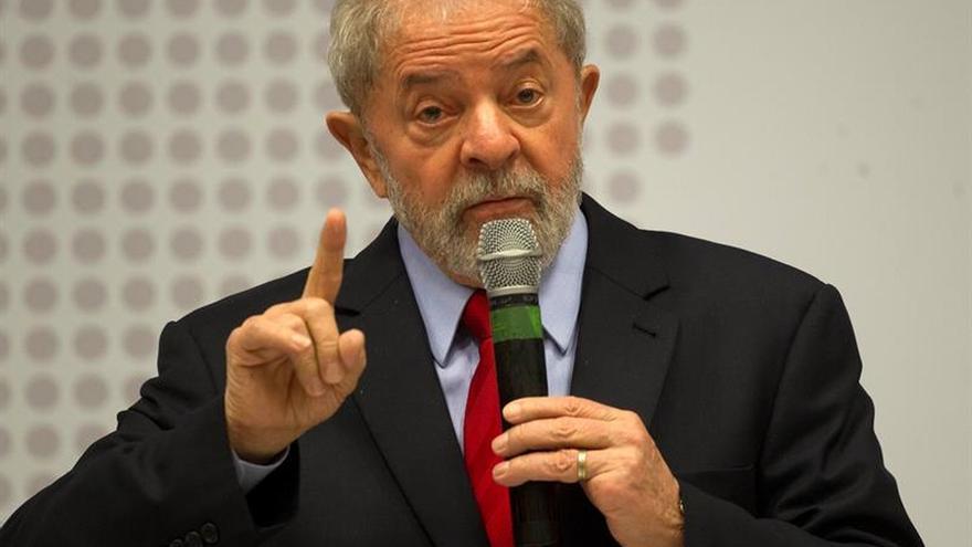 Lula desafía a presentar pruebas a quienes lo acusan de corrupción