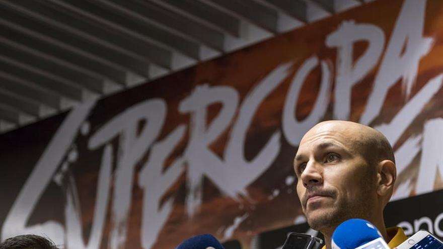 El base del Herbalife Gran Canaria Albert Oliver comentó a los periodistas sus impresiones de cara al partido que el equipo disputa este viernes en su cancha contra el Real Madrid, en las semifinales de la Supercopa Endesa.