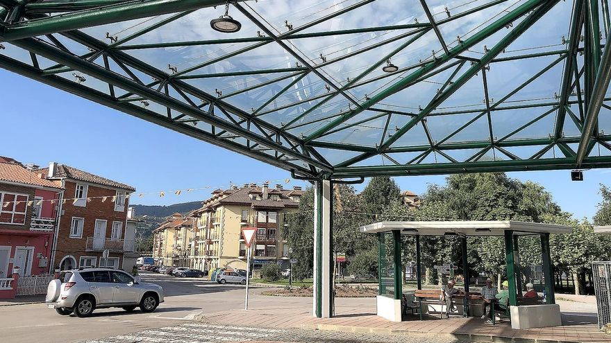 El Gobierno restaura la terminal de autobuses afectada por un incendio