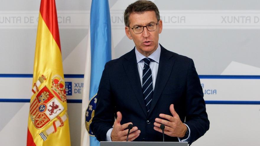 """Feijóo subraya su """"respeto"""" por Cospedal, """"compatible"""" con defender la libertad de Rajoy para elegir secretario general"""