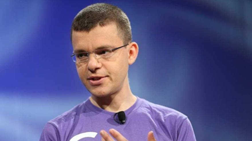Max Levchin presentando la nueva app Glow