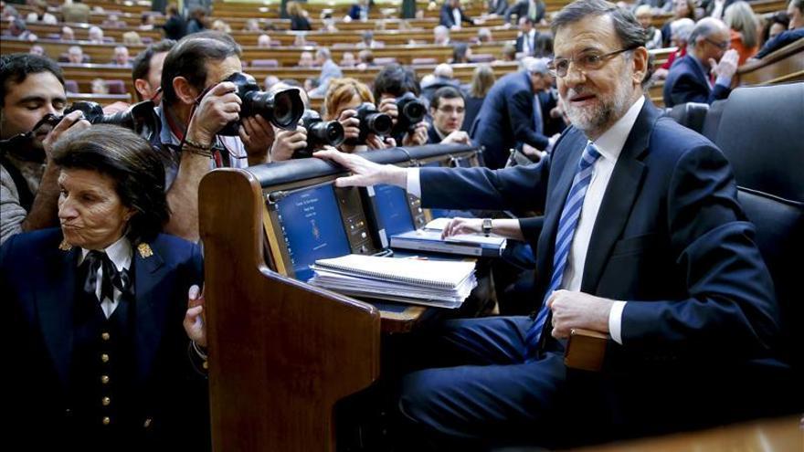 Rajoy insta a Rubalcaba a ir a las europeas si ve a la UE como la salvadora