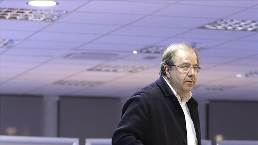 El PP pierde por un escaño su mayoría absoluta en Castilla y León