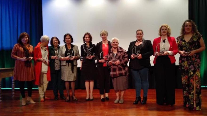 En la imagen, las mujeres de El Paso galardonadas con el Premio Tara.