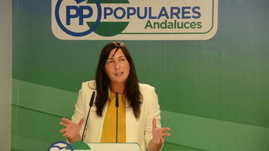 """Una dirigente del PP andaluz lamenta haber dicho """"¡Arriba España!"""" porque quiso decir """"¡Viva España!"""""""