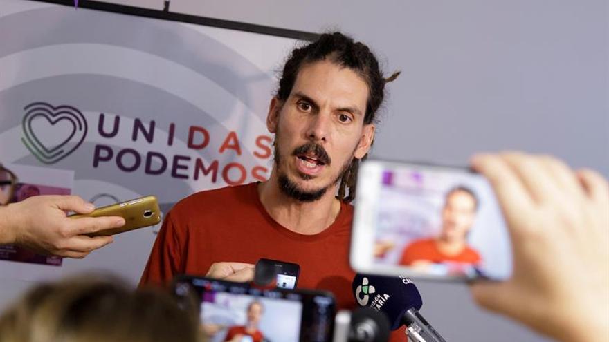 El secretario de Organización de Podemos y candidato a diputado por Santa Cruz de Tenerife, Alberto Rodríguez.