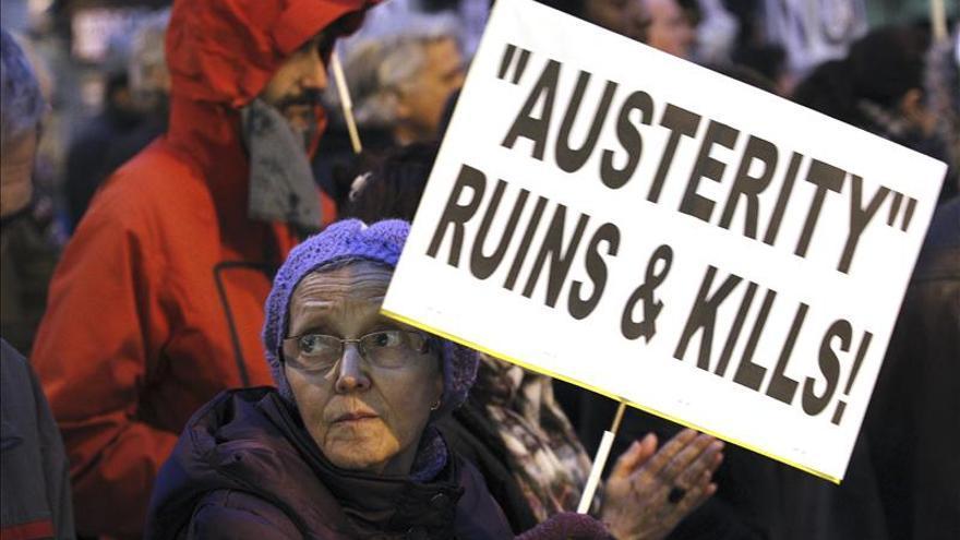 Un millar de personas protestan contra los mercados y piden una UE del pueblo