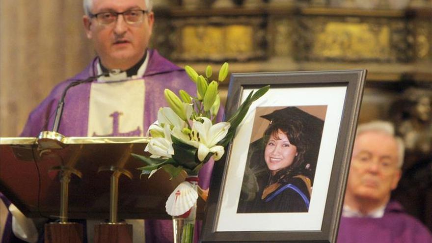 Madre de Denise: Espero que me perdone por no protegerla como cuando era niña