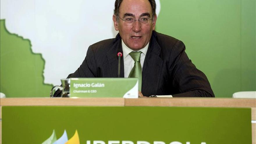 Iberdrola ganó 2.326 millones en 2014, el 9,5 % menos, por la demanda y las reformas