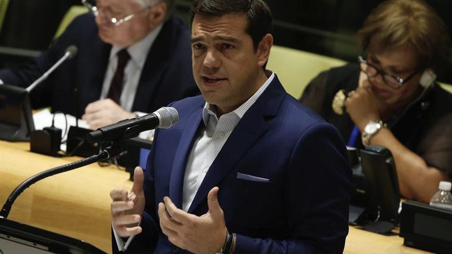 El Gobierno griego presenta una ley para cumplir tres de los 15 requisitos de los acreedores