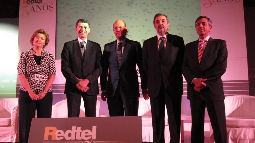 Redtel valora la enmienda para eliminar trabas administrativas incluidas en la Ley de la Licencia Exprés