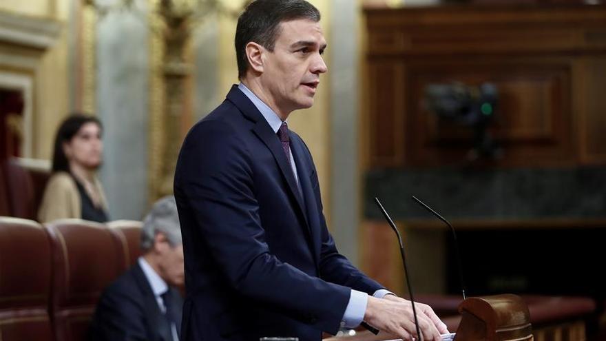 El presidente del Gobierno, Pedro Sánchez, durante su comparecencia este miércoles en el Congreso de los Diputados para explicar la declaración del estado de alarma y las medidas para paliar las consecuencias de la pandemia provocada por el coronavirus, en Madrid (España), a 18 de marzo de 2020 / Europa Press