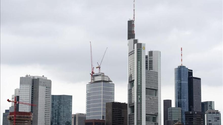 EE.UU. multa con 1.710 millones a banco alemán Commerzbank por lavado de dinero