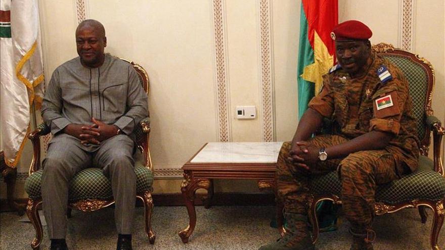 Los líderes de Burkina Faso acuerdan las bases del Gobierno de transición