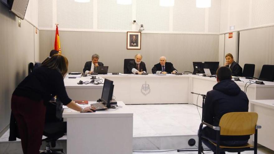 El tuitero durante la vista del juicio en la Audiencia Nacional