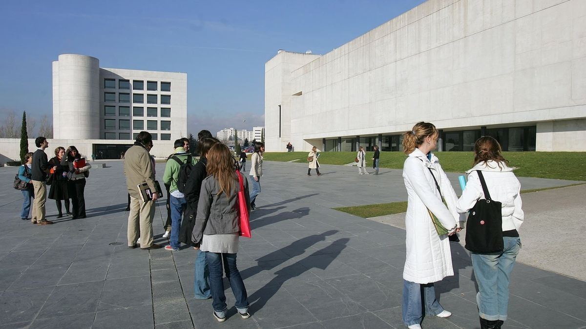 La Universidad de Navarra, la que mejor rendimiento tiene entre las privadas.